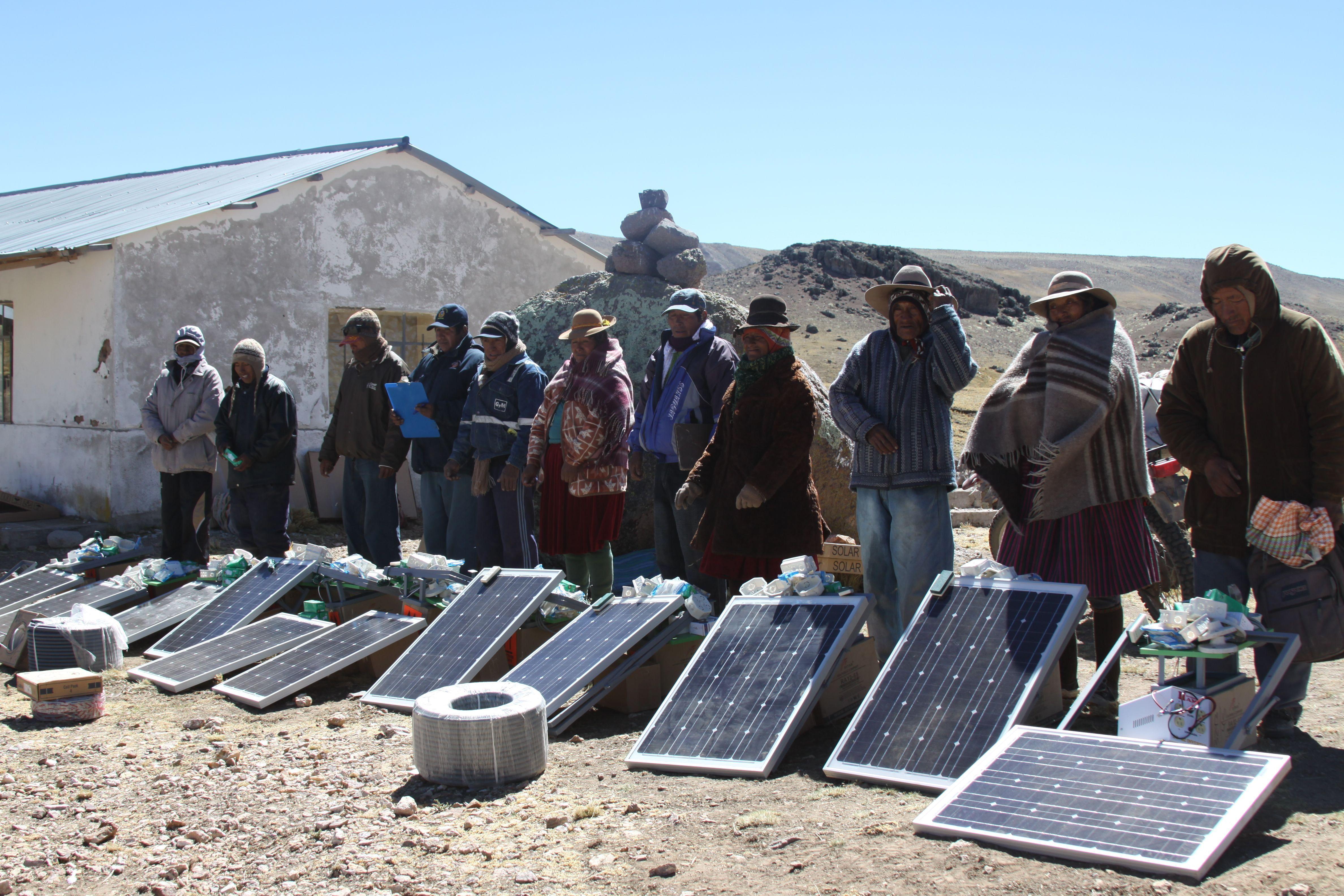 Paneles Solares Per 250 Pa 237 S Minero Sociedad Nacional De